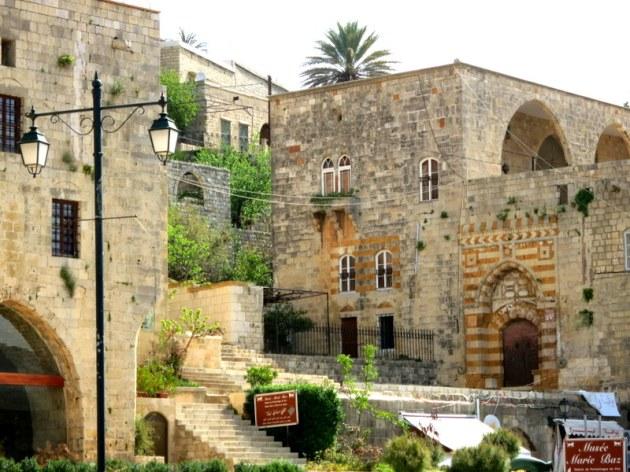 Deir El - Kamar
