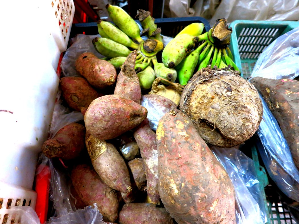 Bangkok'ta pazar alışverişi