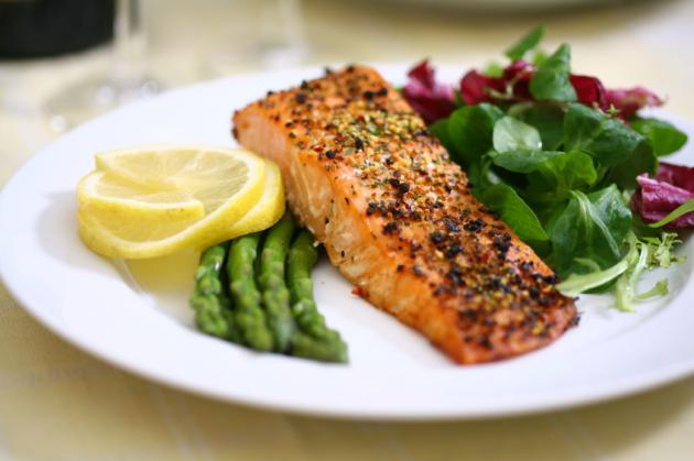 DIGESTIVE HEALTH- gluten free sample menu_iStock_000002664912Small